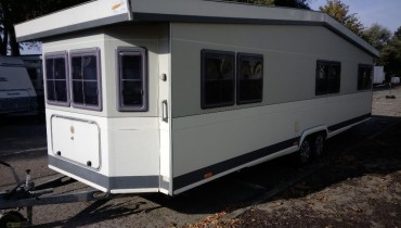 Wohnwagen Hobby Landhaus 750 UML